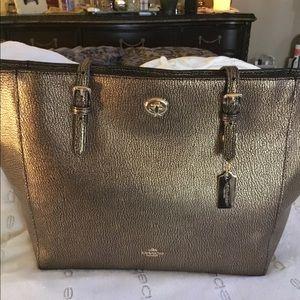 Brand new coach gold mattalic color very lg bag